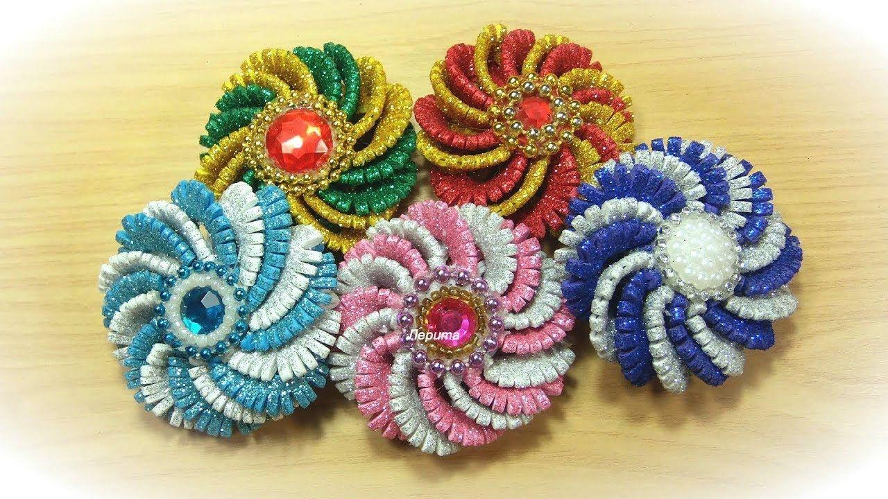 Новогодние игрушки или цветочки из фоамирана / diy