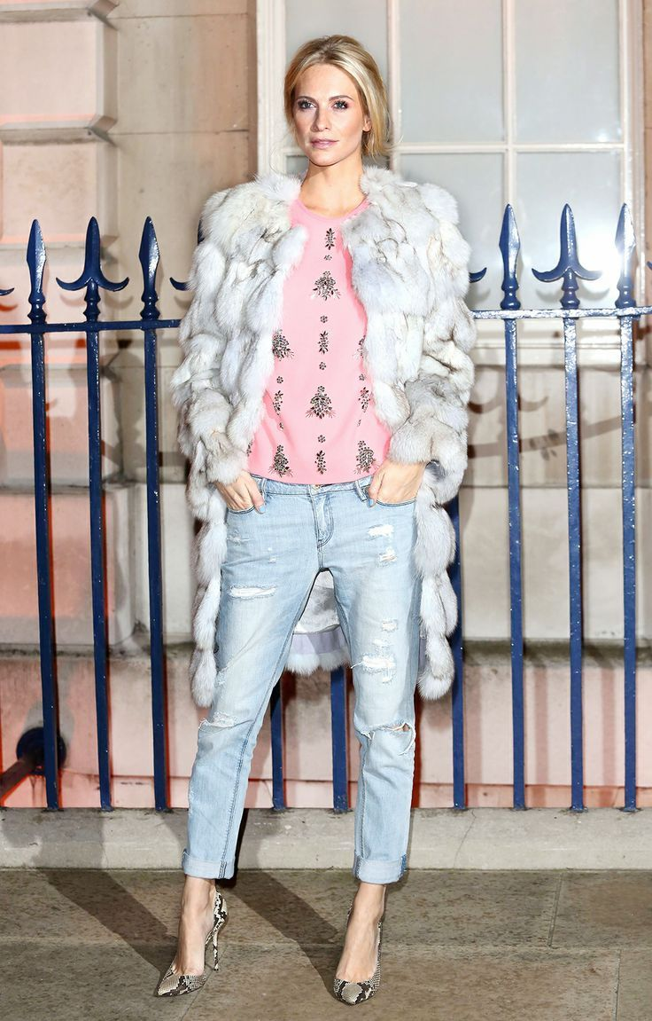 #PoppyDelevingne contrasted her Sass & Bide jeans with a luxe Matthew Williamson coat, jeweled Erdem top and Gucci shoes.