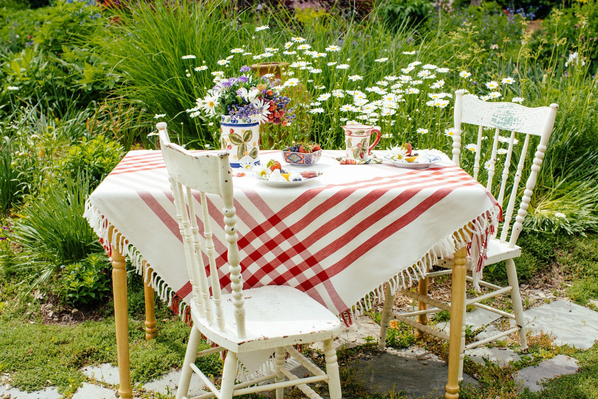 HAPPY PICNIC GINGHAM TABLE CLOTH