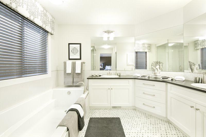 Sterling Homes Berkshire, master bath