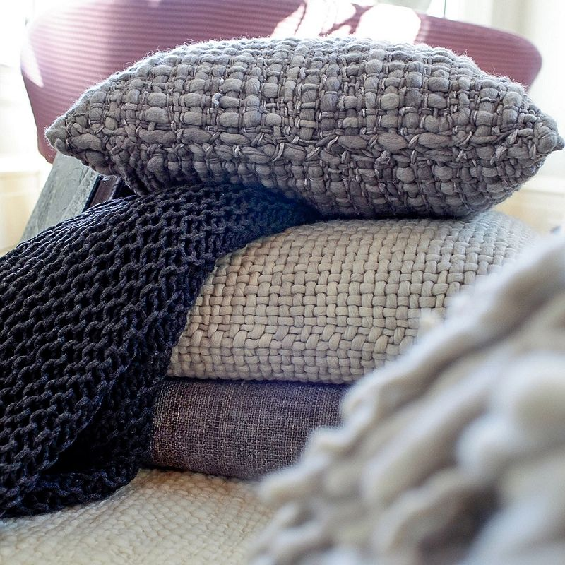 Cenere Madrugada Pillow By Avec Arcade Monc Xiii Monc13