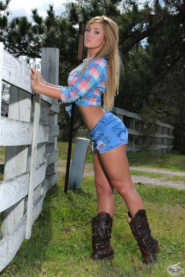 Pin By Ruthless  On Cowgirls  Angels  Hot Country -2366