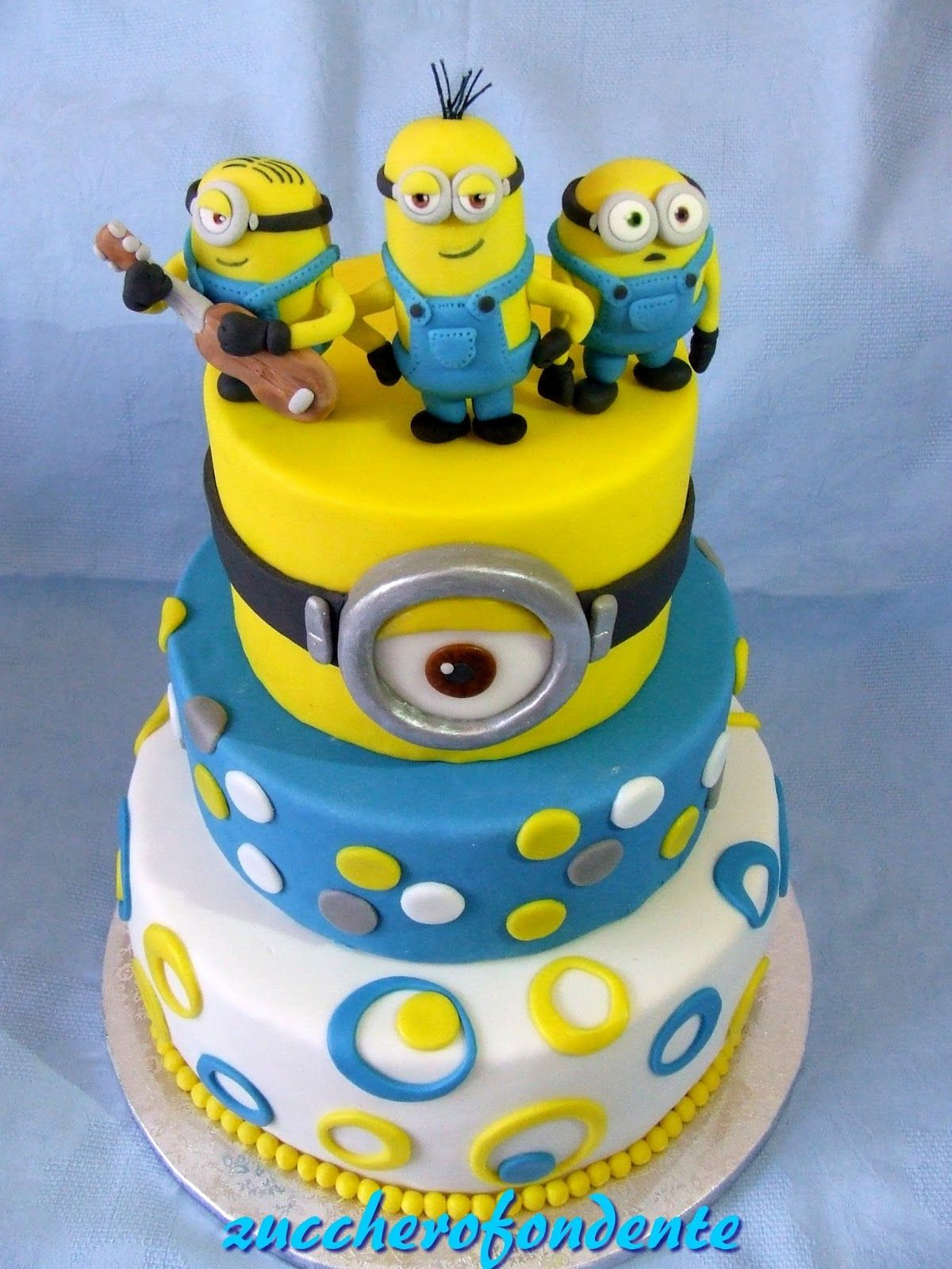 Torte Minions A Piani Cerca Con Google Minions Geburtstag