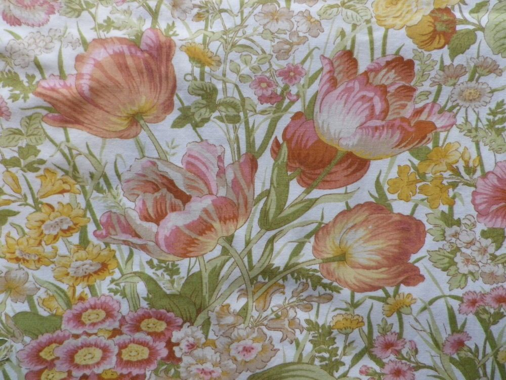 "Vintage Sanderson 'Amelia' Ivory Pink /& Green Floral Cotton Fabric Panel 20x18"""