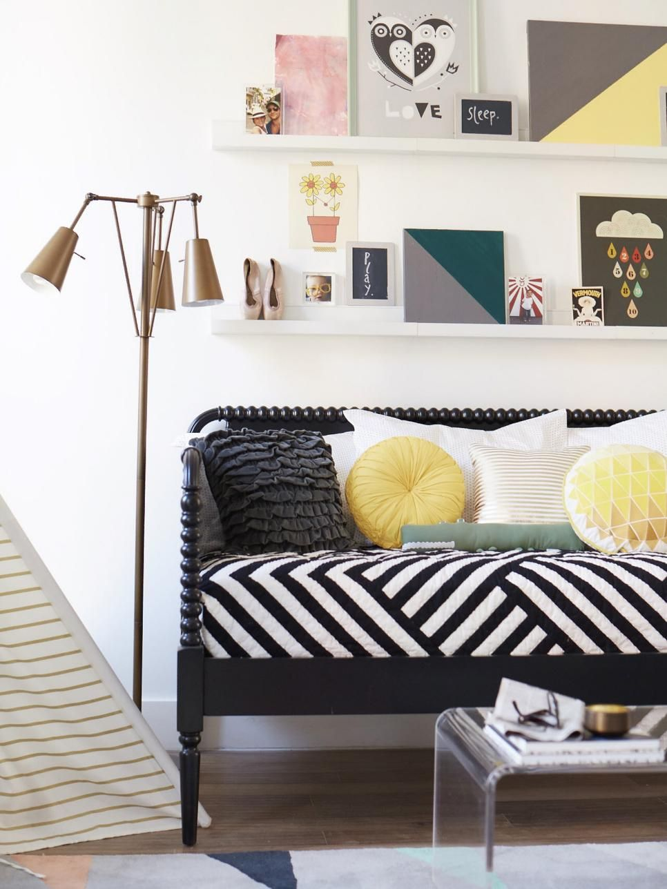 Small Space Decorating Don\'ts   Pinterest   Small spaces, Hgtv and ...