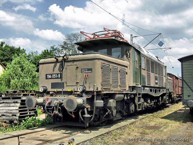 Darmstadt-Kranichstein - Bahnwelttage - 194 051-9_1650_2011-06-04 by linie305, via Flickr