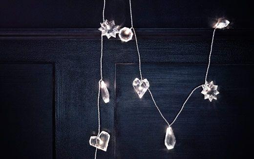 Illuminazione a LED con cuori, stelle e prismi trasparenti