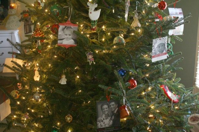 Card Displays Tie ribbon to the top of cards and hang on your tree