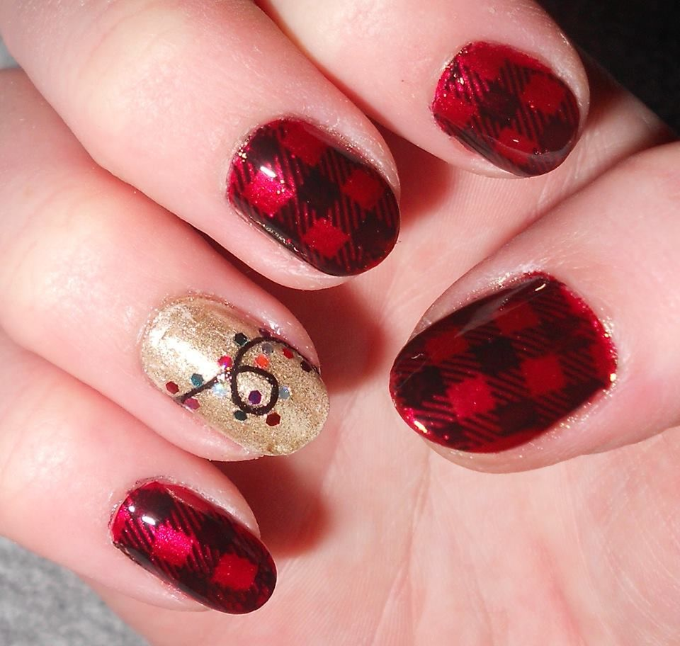 Christmas Nails String And Glitter Christmas Lights And Red Plaid