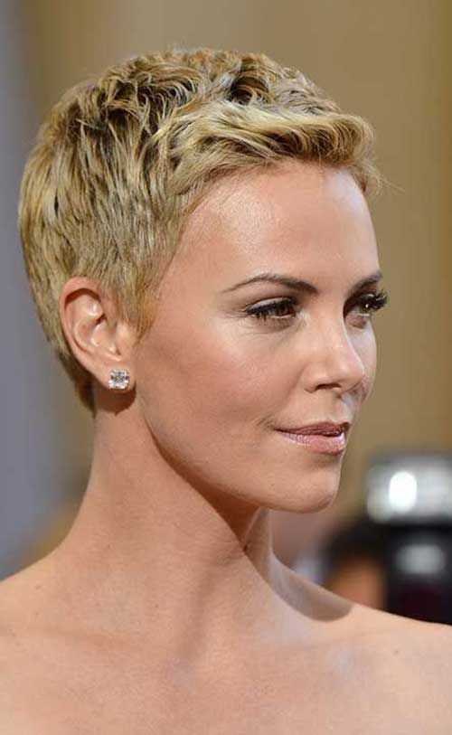 15 Charlize Theron Pixie Cuts | Charlize theron, Pixies and Pixie cut