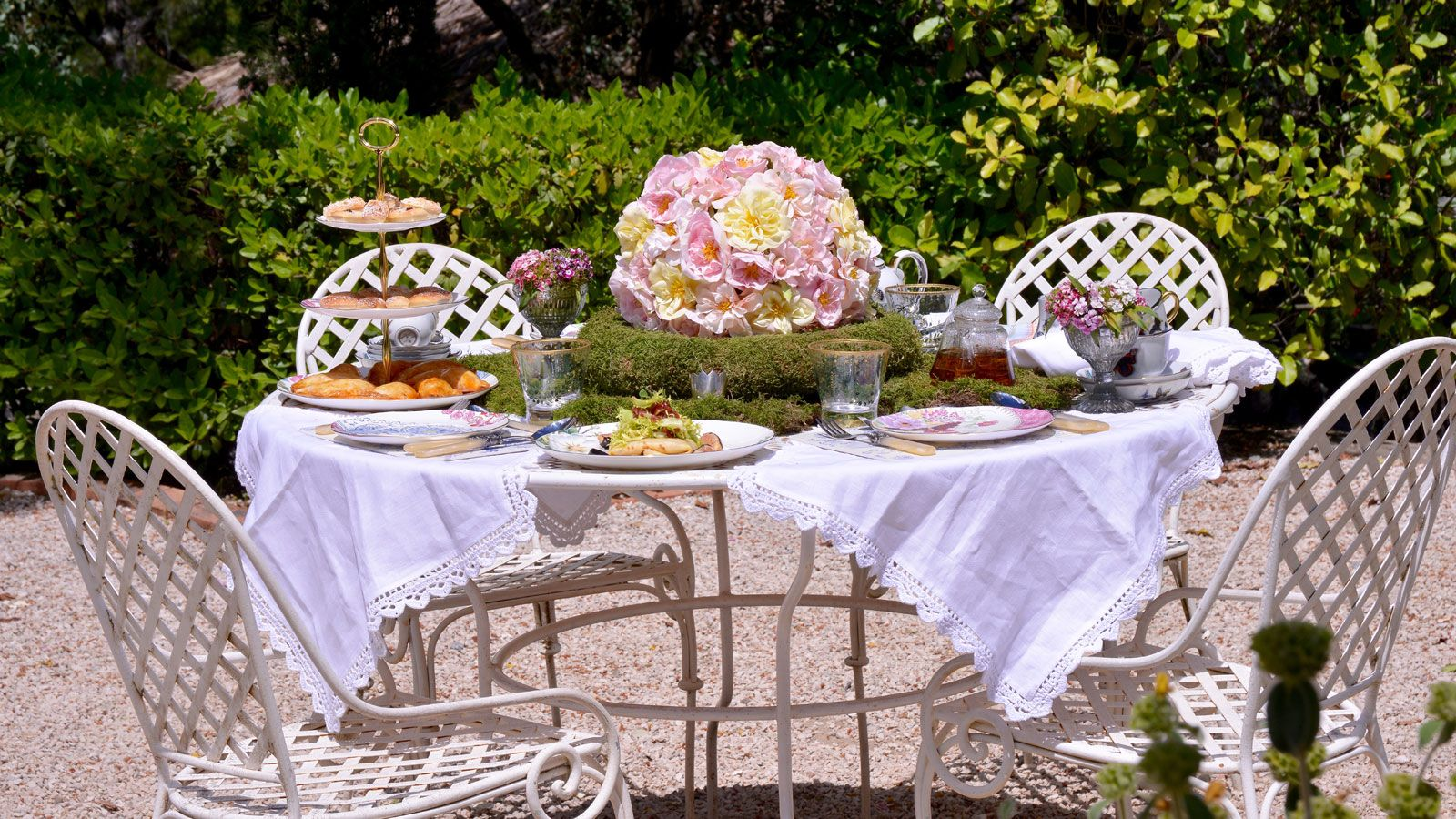 Consejos para una merienda en el jardín al estilo de Alicia en el país de las…