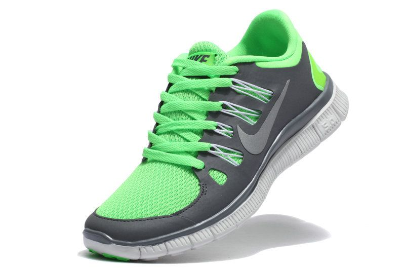 uk availability 55e99 e1068 Nike womens running shoes are designed with innovative features and  technologies to help you run your best  whatever your goals and skill level.