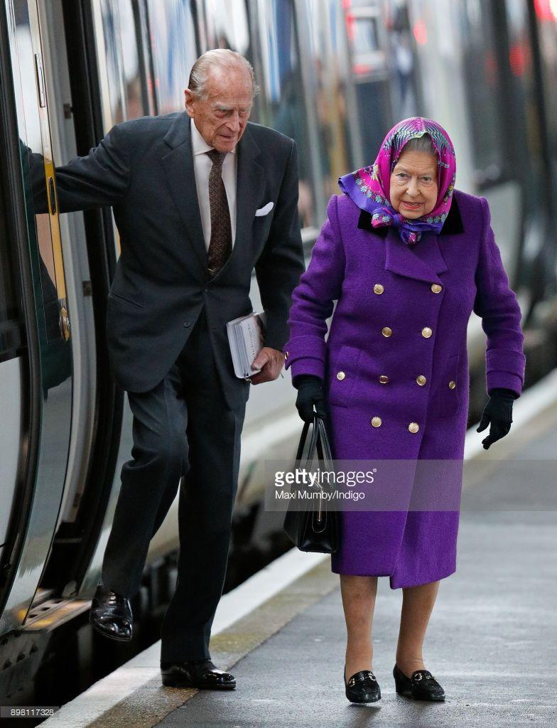 21st Of December 2017 Queen Elizabeth Ii And Prince
