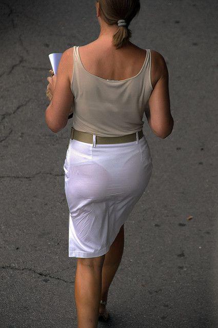 Candid abaya hijab ass walking