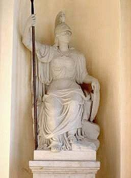 lang ist her, Restaurierung der Minerva am Brandenburger Tor