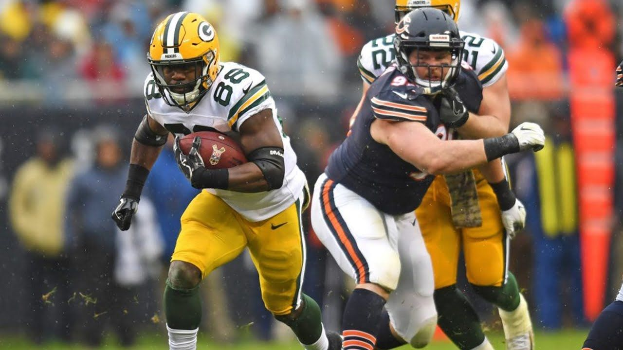 Packers Lose Rbs Aaron Jones Knee Ty Montgomery Ribs Football Helmets Packers Jones