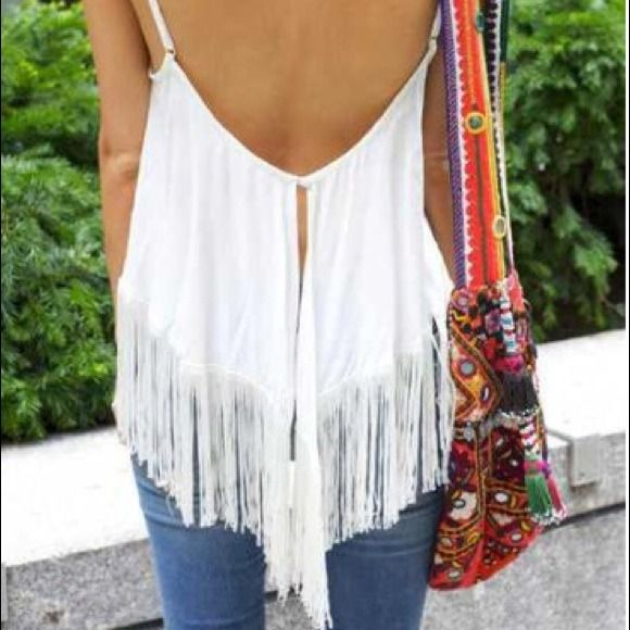 Flowy fringe top As seen all over Pinterest this flowy fringe top is a must have for your closet ! Unfortunately the top is to small for me. Size small. Brand new. Tops
