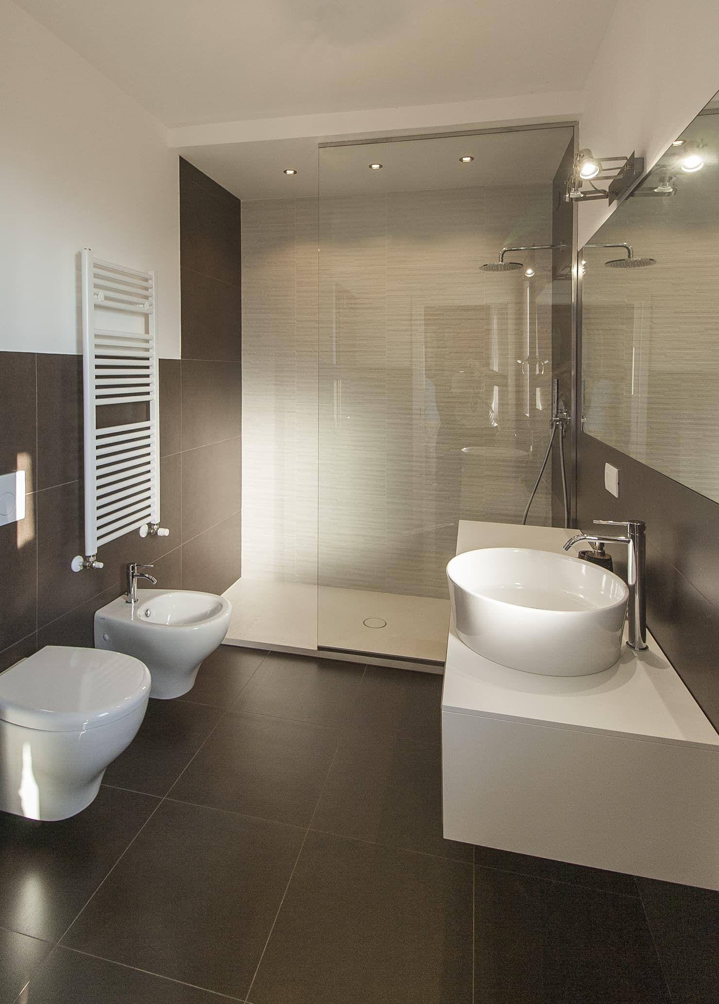 Residenza A C Misano Adriatico Architettura Interior Design Officina Archetipo Bagno Moderno Homify Bagno Interno Bagno Minimalista Arredamento Bagno