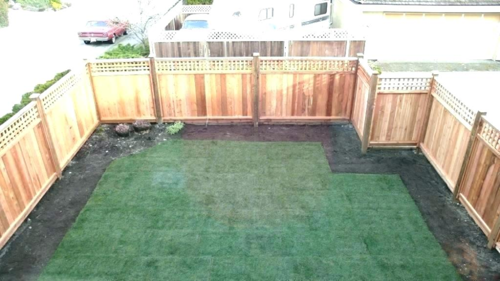 yard fences cost how much does it cost to fence in a yard ...