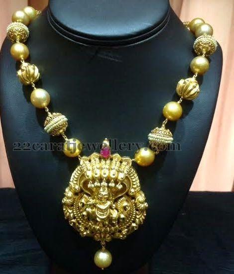 Jewellery Designs: Antique Pearls Mala