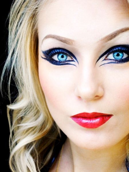 Sandra E. @ makeup bee