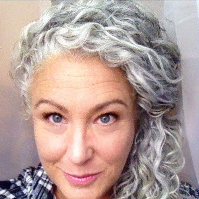 Salt And Pepper Gray Hair Grey Hair Silver Hair White Hair Don T Care No Dye Dye Free Natural High Gray Hair Beauty Grey Hair Don T Care Grey Curly Hair
