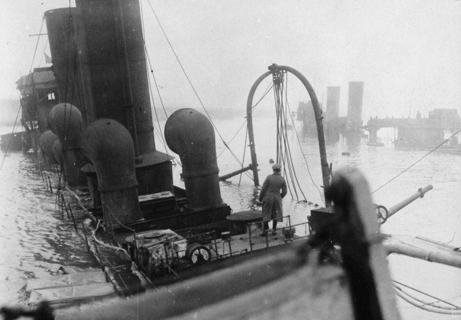 The Zeebrugge Raid Took Place On April 23 1918 The Royal Navy Attempted To Block The Belgian Port Of Bruges Zeebrugge By World War One World War I World War