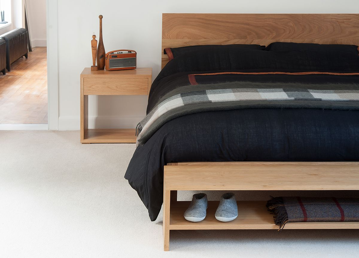 Pin By Ronald Roo On Minimalist Apartment Bed Bench