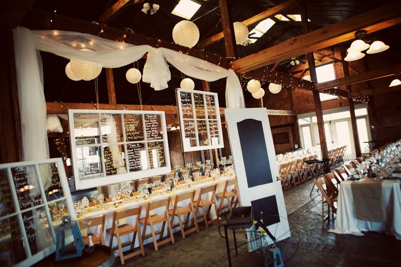 Rustic Virginia Vineyard Wedding Reception Venue 550x366 Krista Jonathans At Bluemont