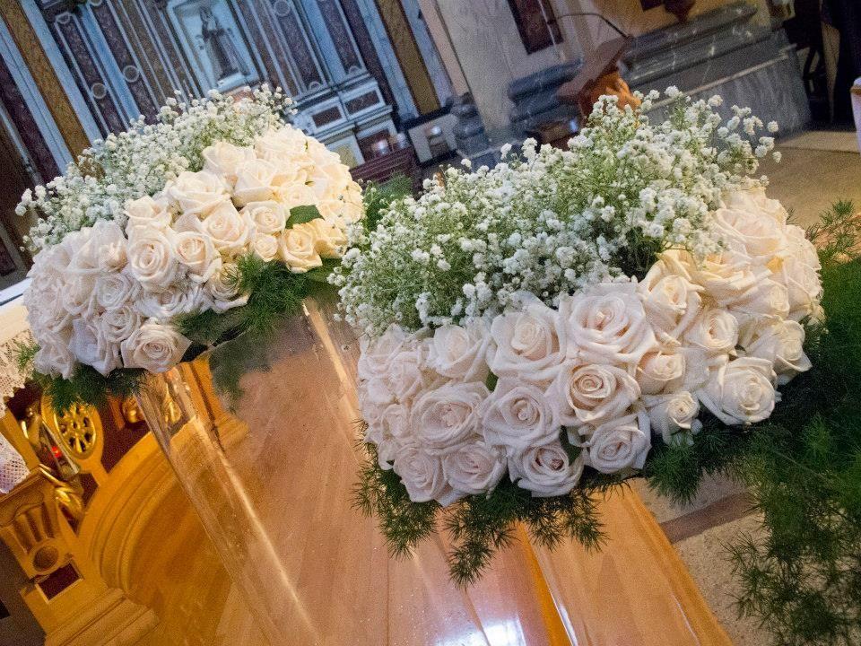 Allestimento Chiesa Composizioni Floreali Matrimonio Addobbi Floreali Matrimonio Navate Di Nozze