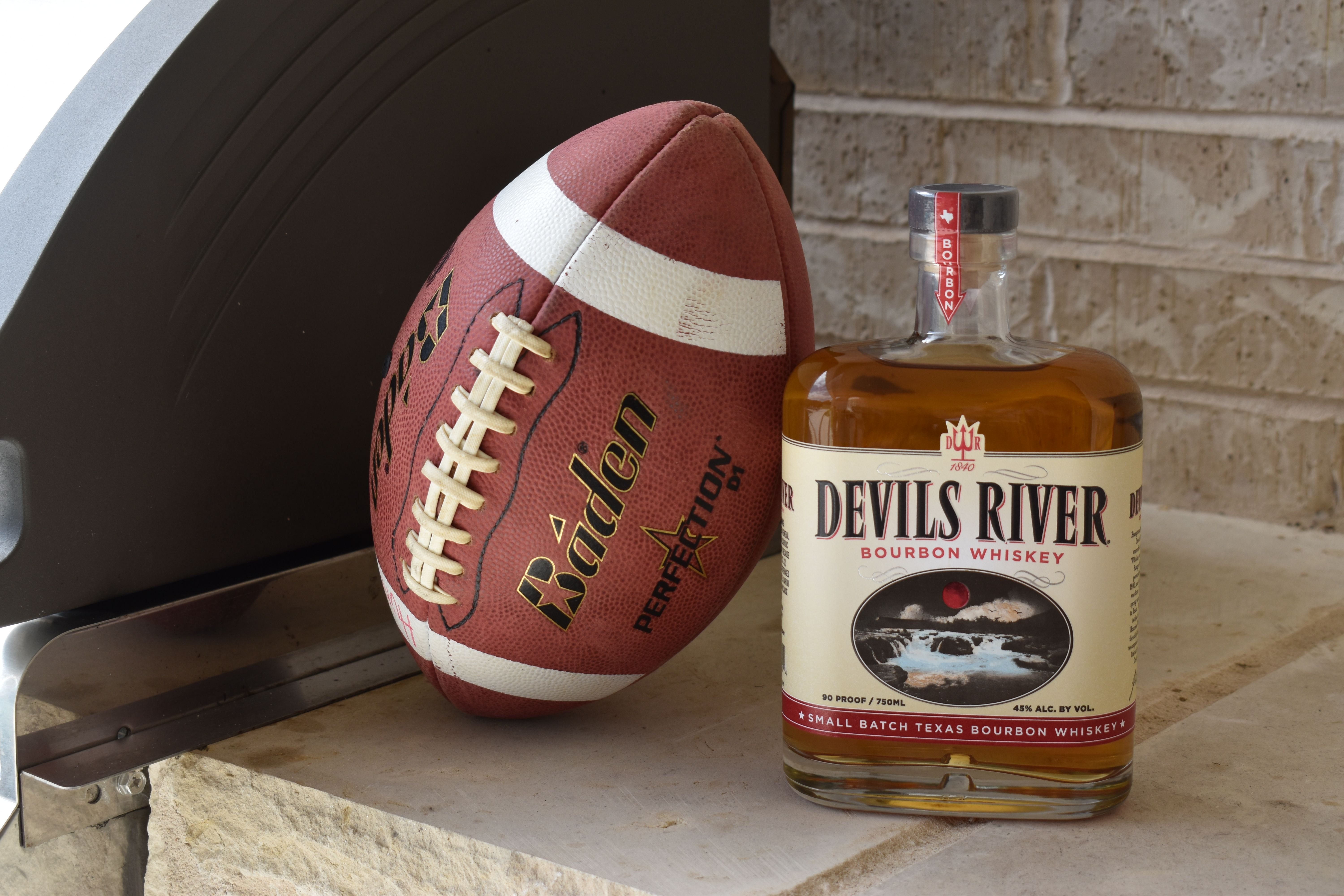 Find Devils River Whiskey At A Bar Or Store Near You Whiskey Bourbon Liquor Store