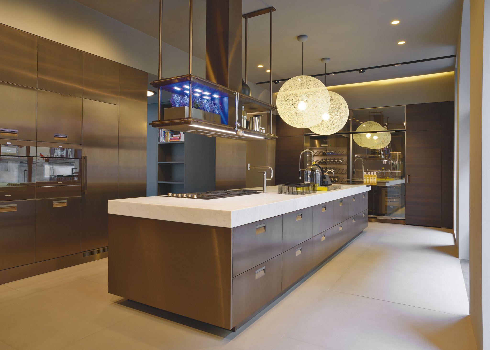 Arclinea modello italia idee case canuto cucine moderne for Mobili cucina italiana