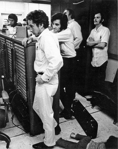 Bob Dylan recording in Nashville, 1969.