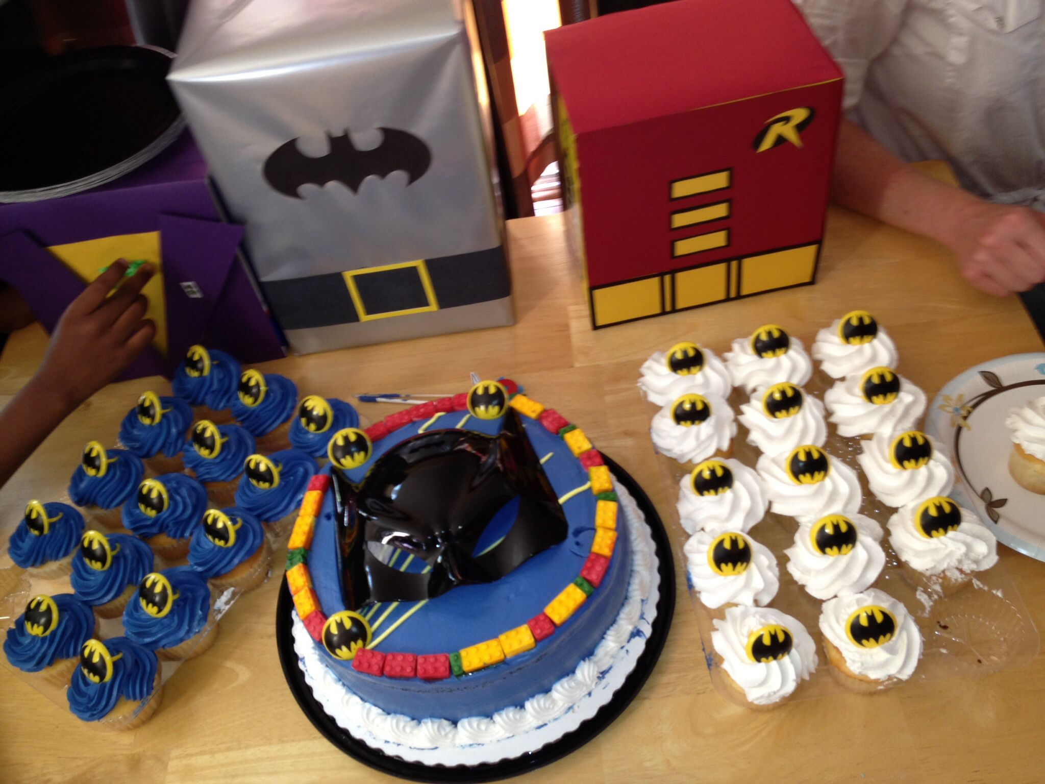 Astonishing Cupcakes And Cake From Sams Club Added The Lego Candy Border To Personalised Birthday Cards Paralily Jamesorg
