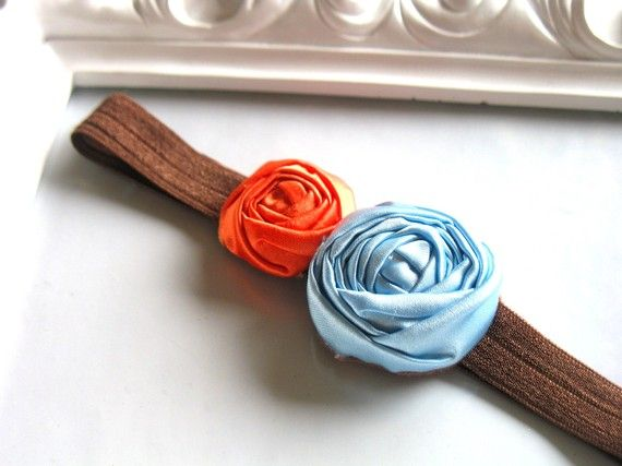 Field of Poppies fabric flower rosette by HappyLittleLovelies #happylittlelovelies  #fabricflower