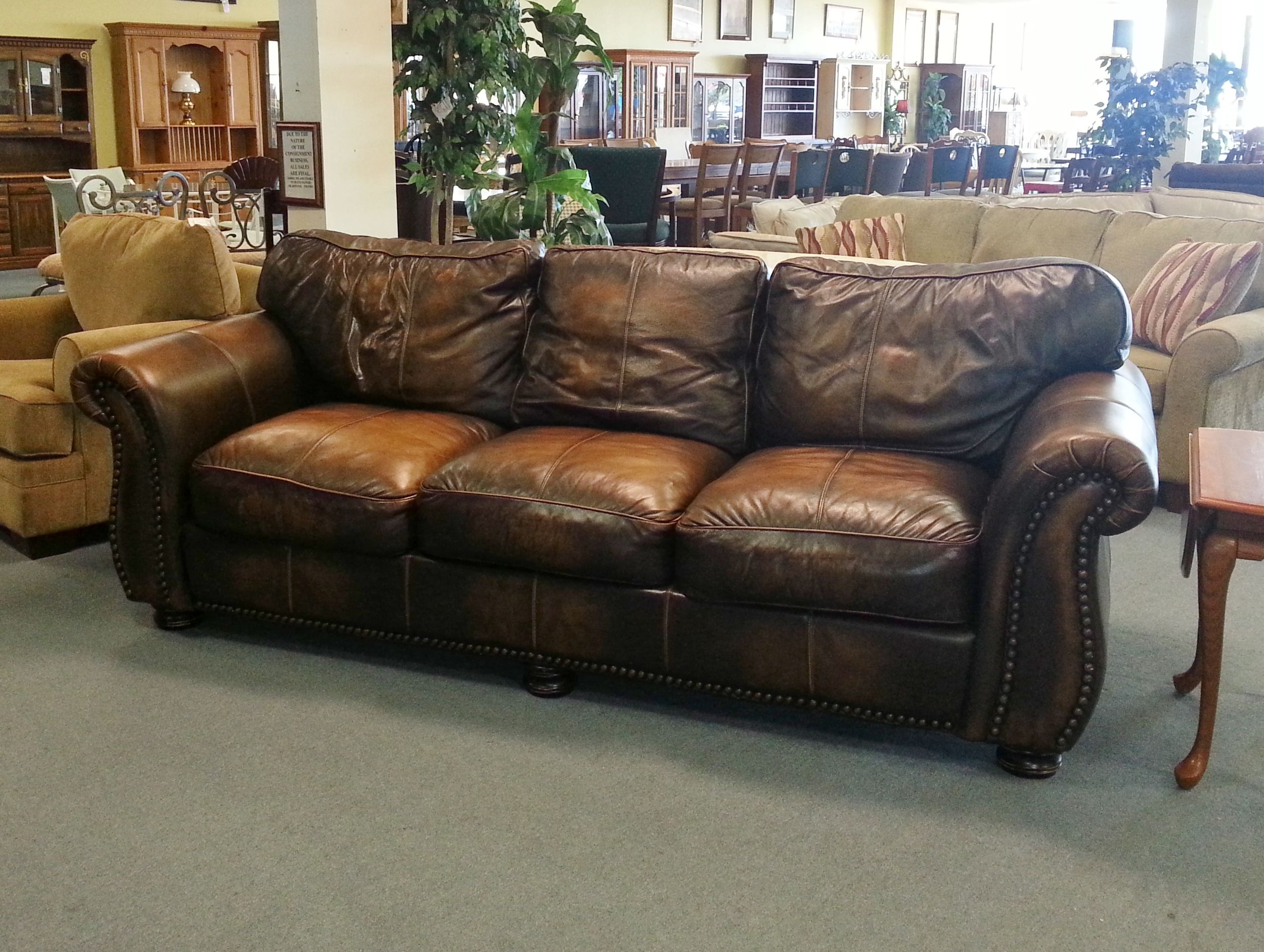 Item 26915 1 Brown Leather Sofa W