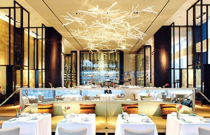 The Top 6 Most Expensive Restaurants In The World You Need To Try Grubaholic Commercial Interiors Restaurant New York Best Interior Design