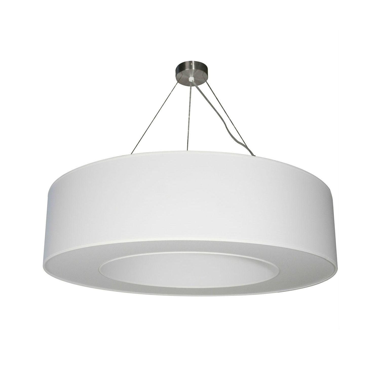 Suspension petit modèle composée d'un cylindre en tissu de couleur blanche, intérieur plastifié blanc et d'un arceau en métal blanc. Le diffusant possède une ouverture et cache l'ampoule ....