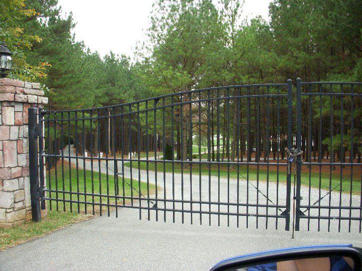 Front Gate   Railing design, Fence styles, Iron gates
