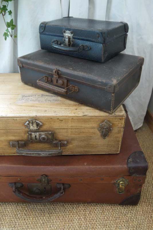 les 25 meilleures id es de la cat gorie valise solde sur pinterest valise en solde peinture. Black Bedroom Furniture Sets. Home Design Ideas