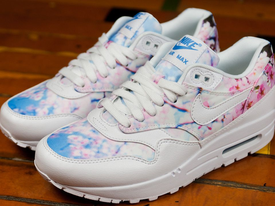 Nike Covers Air Max Cherry Blossom - Love them!