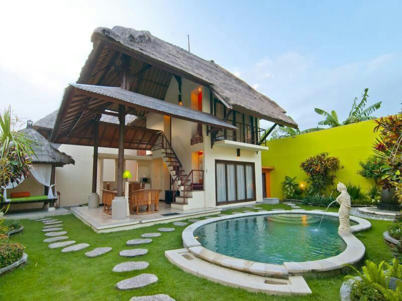 Villa Dijual Di Bogor Konsep Villa Ini Akan Hadir Di Cluster Khusus The Ortensia Village Dengan View Gunung Salak Yang Indah D Rumah Pantai Villa Kolam Renang