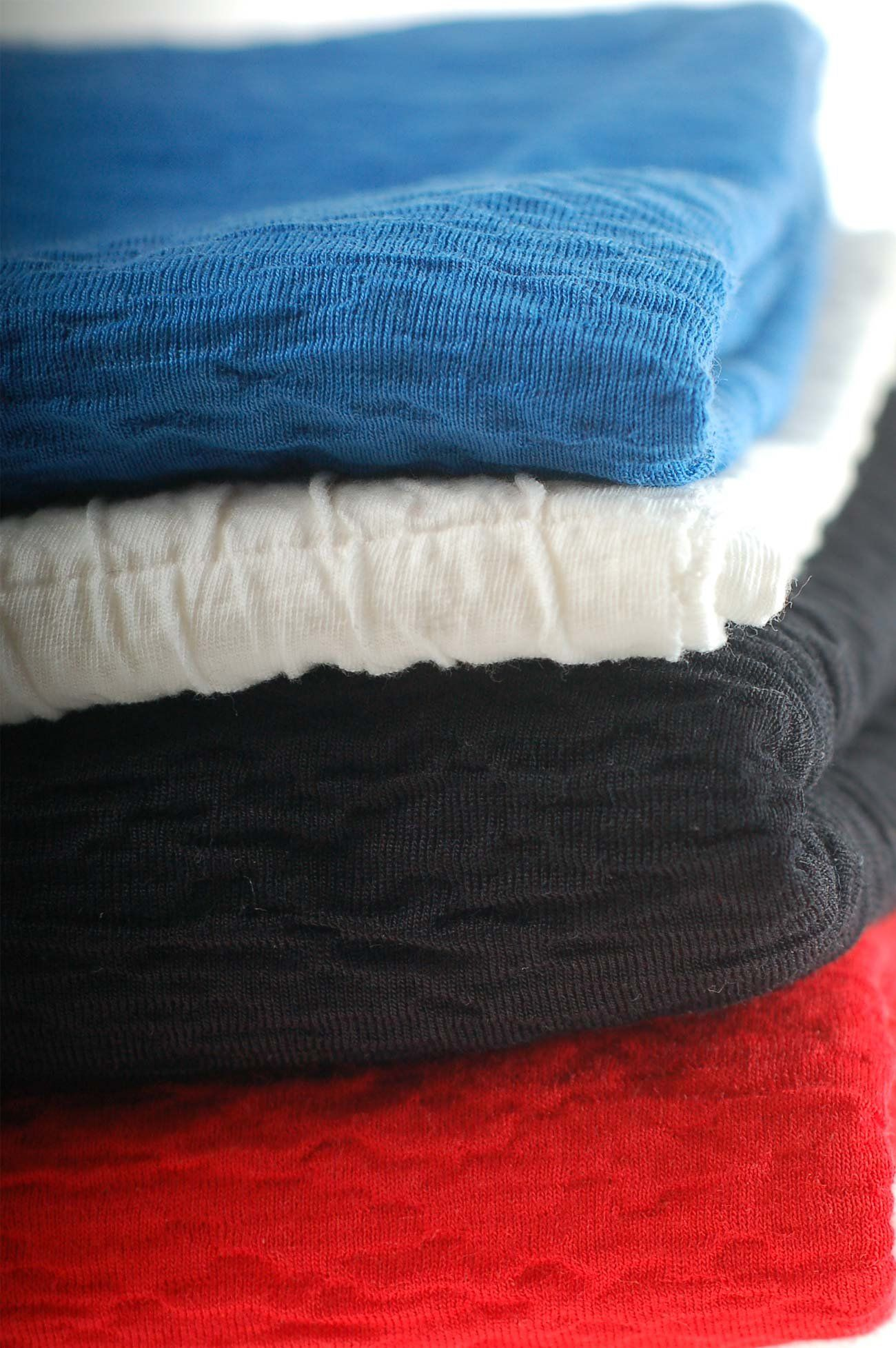 9eed297eea9 Neotrims Seersucker Crinkle Stretch Knit Rib Jersey Fabric for T-Shirts,  Tops, Crafts & Home Décor. Limited Edition in Royal Blue, Black, Off-White  & Red.
