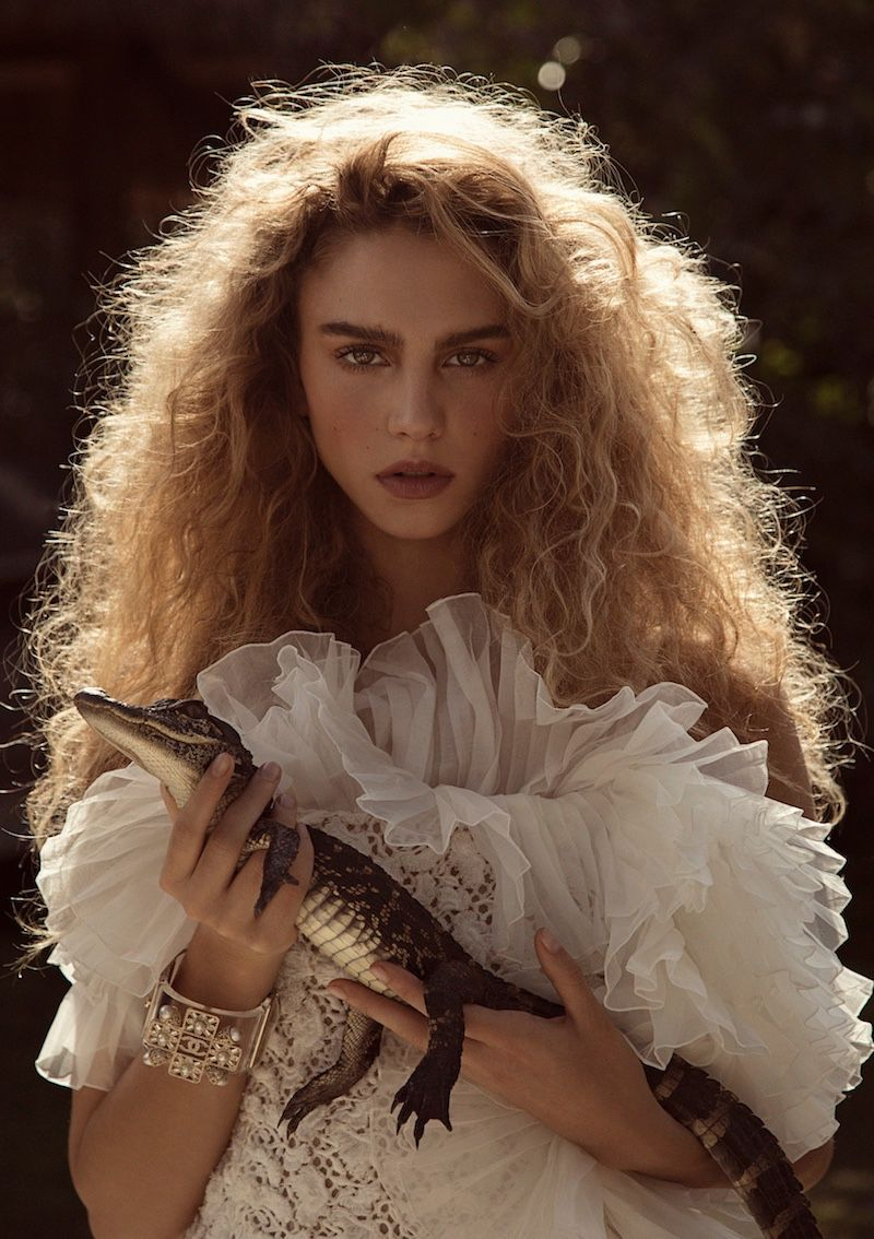 Gntm'S Simone Stuns In The Everglades For Instyle Germany GNTM's Simone Stuns in the Everglades for InStyle Germany Photography Subjects photography subjects to shoot