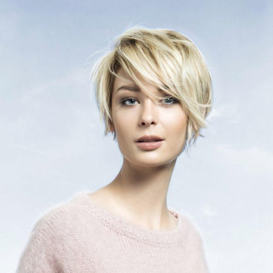 awesome Женская стрижка лесенка на короткие волосы (50