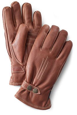 Classics  Tallberg    A form-fitted, supple glove made from Scandinavian moose leather. Lined with soft and warm fleece.        Outer material        Scandinavian moose leather.      Insulation        Fiberfill.      Lining        Microfleece.      Article number        2087    $ 110