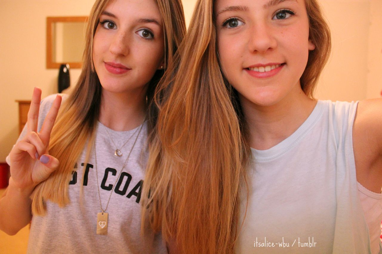 itsalice-wbu:  this girl is beaut she is one of my best friends and I can tell her absolutely anything and she will not judge. I love her to the moon and back <3