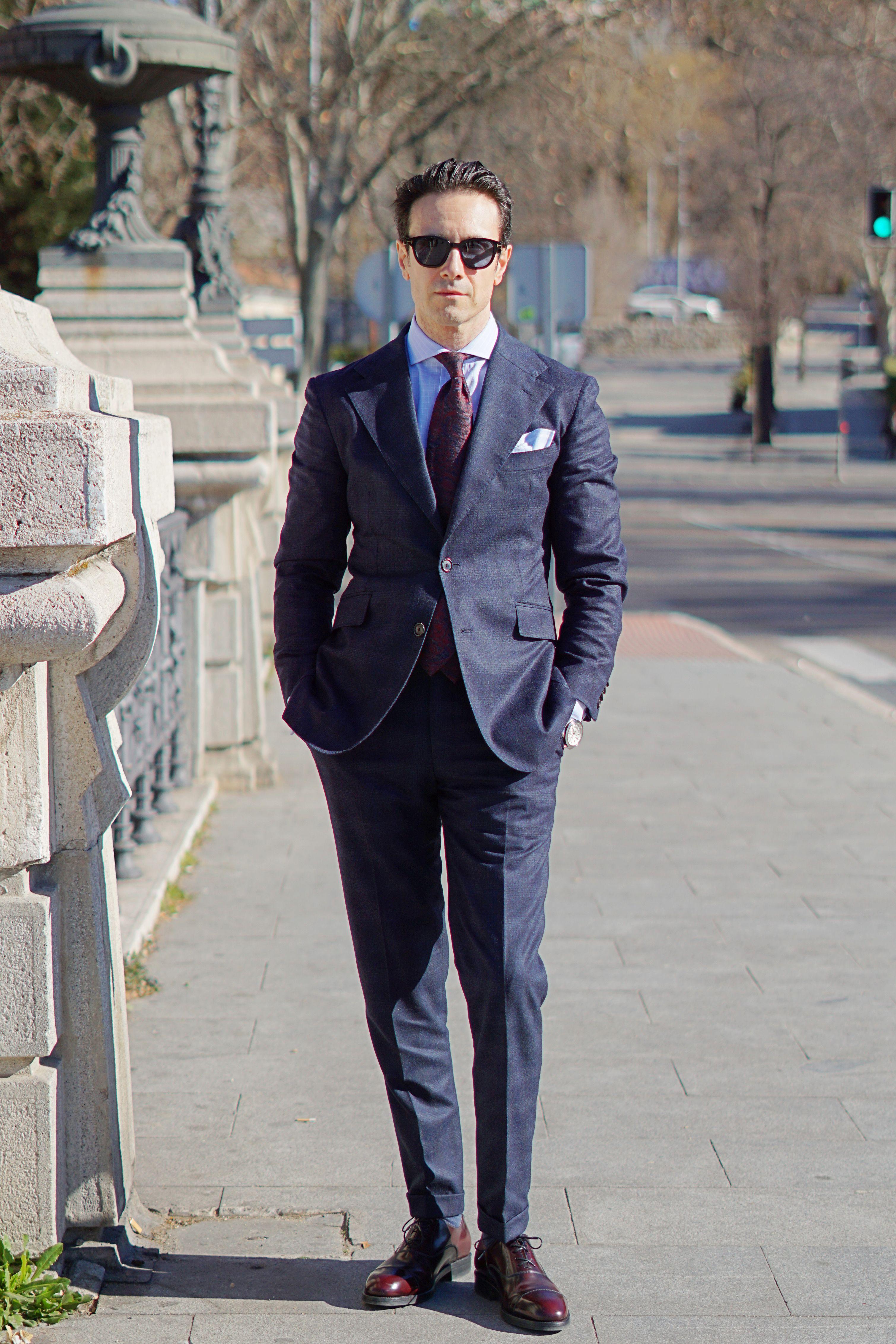 ideas de traje azul para hombre con traje azul Scalpers