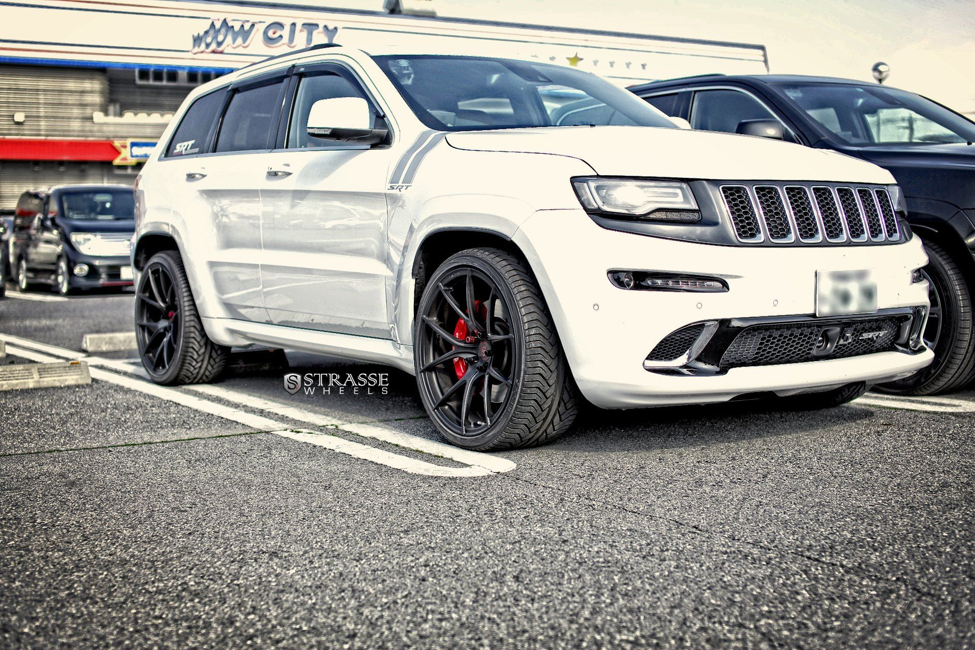 Awesome Tuning Detected On White Jeep Grand Cherokee White Jeep