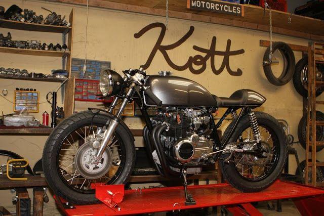 More pics here: http://www.hellkustom.com/2015/09/honda-cb400-four-by-kott-motorcycles.html